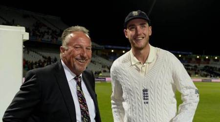 Stuart Broad surpasses 'hero' Ian Botham