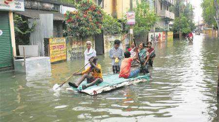 West Bengal floods: 32 people dead, 14 lakh affected; situation still 'grim'