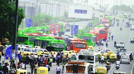 Delhi government to purchase 1,000 new buses; needs 3,700 more