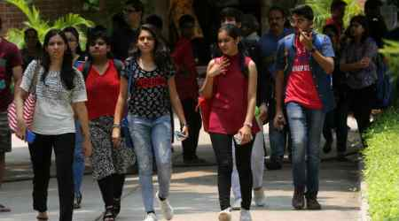 Professor claims Delhi University colleges took extra money from applicants