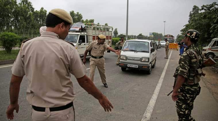 Gurmeer Ram Rahim Verdict, Ram Rahim convicted, Ram Rahim Rape Case, Violence in Panchkula, Violence by dera followers, Dera followers violence in Panchkula, Violence in Haryana, Punjab news, Haryana news, India News, indian express news