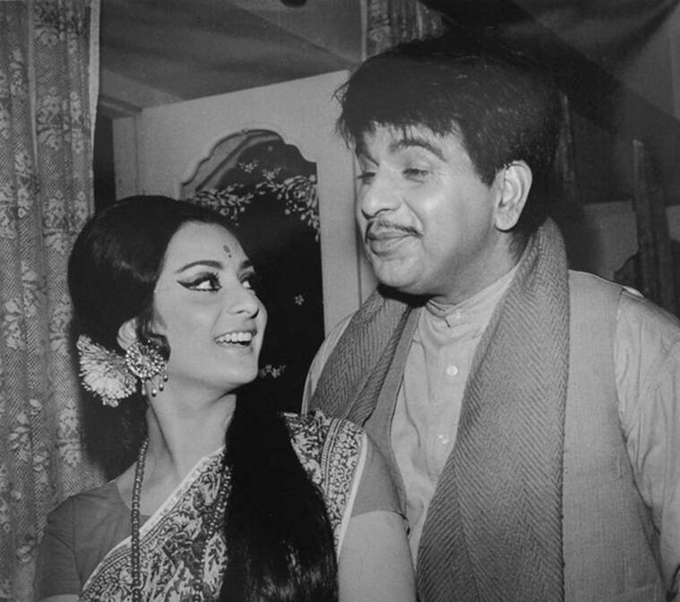 Happy Birthday Saira Banu From Her Love For Dilip Kumar Right From The Age Of 12 To More Here
