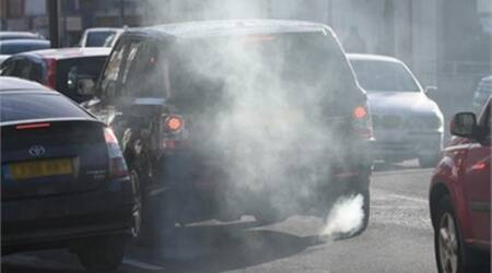 German ministers and car makers meet under pressure to tackle pollution