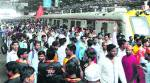 Maratha Kranti Mook Morcha: Over 25,000 vehicles drive in, local trains pitch in to tackle rush