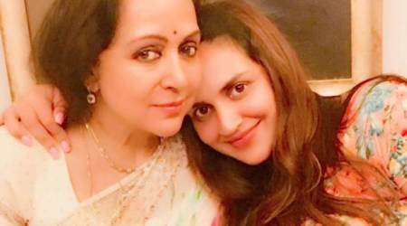 Pregnant Esha Deol shares a click with mother Hema Malini