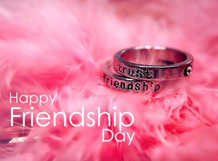 Happy Friendship Day 2017: Celebrate Friendship Day with Gifts