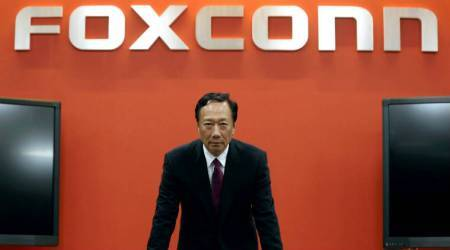 Apple supplier Foxconn to build $10 billion LCD display factory inWisconsin