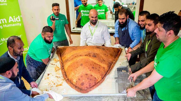 Charity Aid In UK Makes The World's Largest Samosa