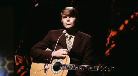 Pop star Glen Campbell dies after a long battle with Alzheimer's