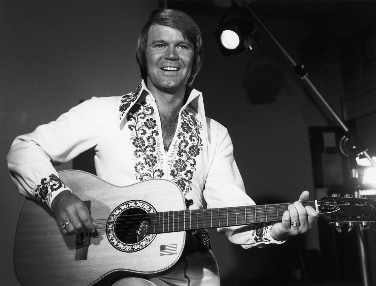 Glen Campbell, Glen Campbell dead, Glen Campbell death, Glen Campbell dies, Glen Campbell news, who is Glen Campbell**