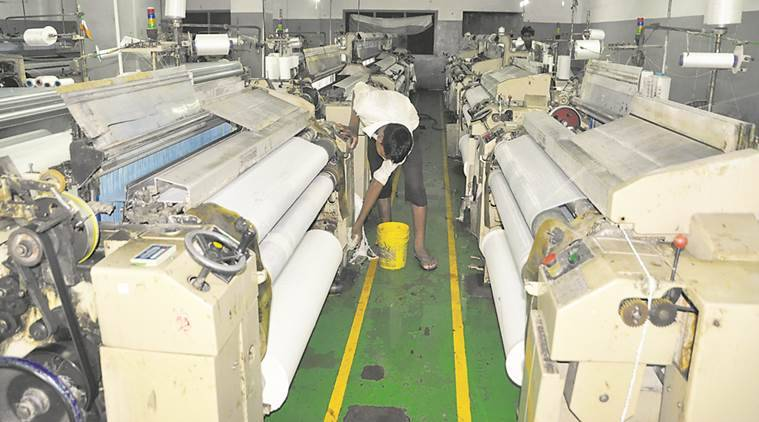 Textile industry woes, Bhiwandi powerlooms, GST, GST on textiles, affect of GST on textile industry, GST hits textile industry, indian express news