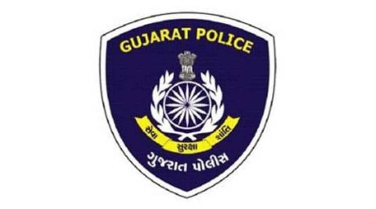 Gujarat, Gujarat ACB, Gujarat deputy sp, gujarat police, gujarat fake charges, gujarat news