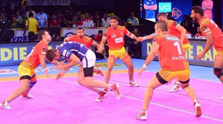 Pro Kabaddi 2017, Pro Kabaddi season 5, Gujarat Fortunegiants vs Dabang Delhi, Gujrat Fortunegiants, Kabaddi news, Indian Express