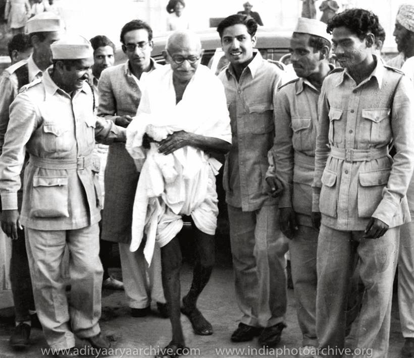 INA, mahatma gandhi, red fort trials, azad hind fauj