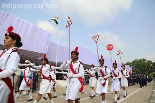 independence day 2017. 15th august, ncc cadets, chandigarh, sector 17 parade ground, independence day pics, independence day dress rehearsals, indian express
