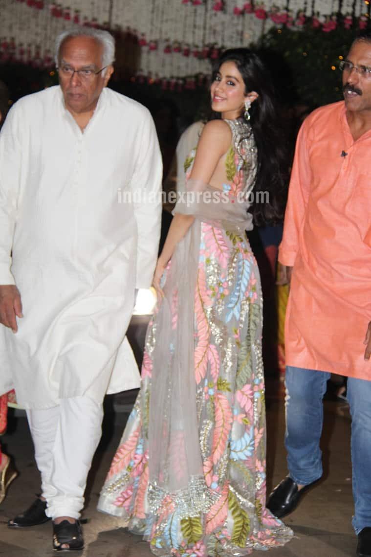 Jhanvi Kapoor, Manish Malhotra