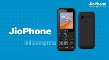 Reliance JioPhone supply will be limited initially, indicates retailer brochure