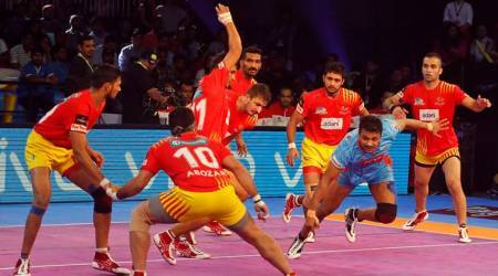 Pro Kabaddi 2017: Delhi beat Thalaivas; Gujarat draw with Bengal