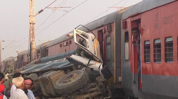 kaifiyat express, kaifiyat express derailment, train accident, train derailed in uttar pradesh, Auraiya, uttar pradesh, utkal express, train accident, suresh prabhu