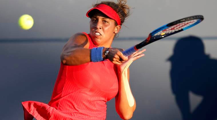 Muguruza marches on in Stanford