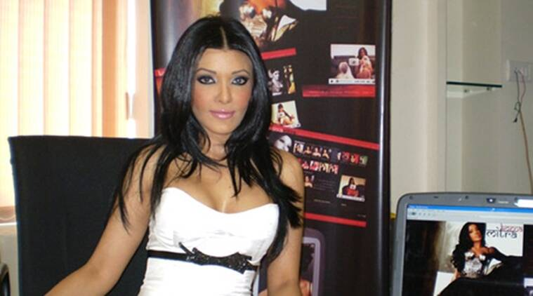Actor Koena Mitra gets six-month imprisonment in check bounce case