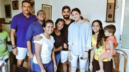 Virat Kohli, Anushka Sharma and Ravi Shastri spotted with Sri Lankanfans