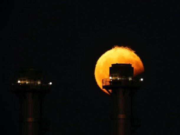 lunar eclipse, partial lunar eclipse, lunar eclipse india, full moon, what is lunar eclipse, lunar eclipse pictures, watch lunar eclipse, lunar eclipse kolkata, penumbral eclipse, moon, earth, sun, science news