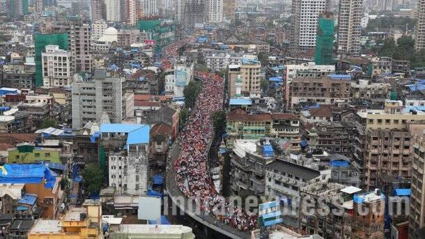 Lakhs attend Maratha Morcha rally in Mumbai, bring city to a standstill