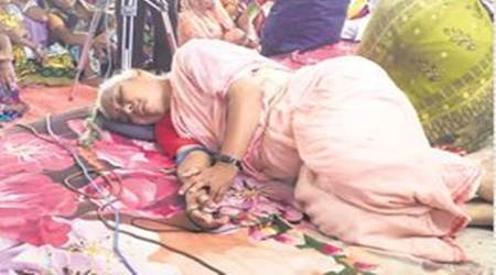 Police remove Medha Patkar, others from protest site in Madhya Pradesh