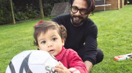 Misha Kapoor's play time with daddy cool Shahid Kapoor will take away your Monday Blues. See photos