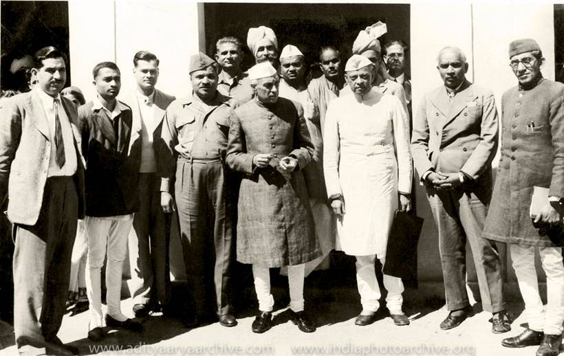 india independence day, jawaharlal nehru, kulwant roy, history in the making, INA trials, archival photos nehru