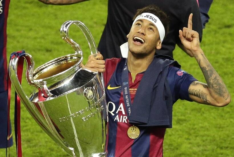 Ronaldinho Names the Player He Thinks Can Replace Neymar at Barcelona