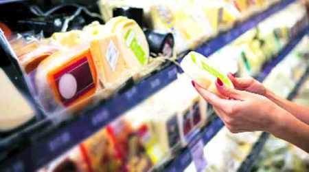 Companies need to print 'Best before' on pre-packaged food:Government