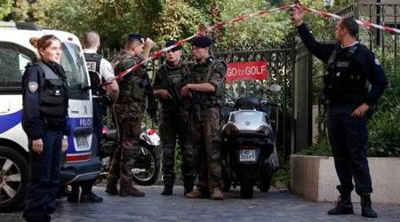 French police seek vehicle after soldiers hit and injured inParis