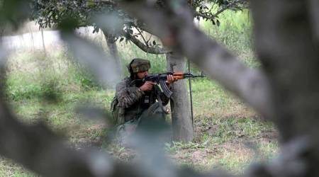 Militant surrenders during gunfight after rifle fails in Shopian