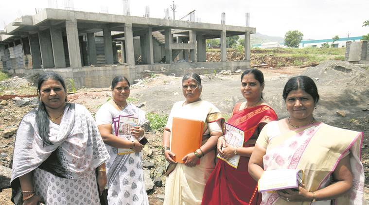 pune, pune slums, slums in pune, pune flat allocation, pune municipal corporation, indian express news, india news, pune news