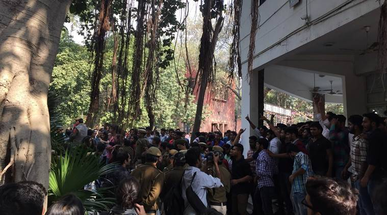 Sedition Charges, Ramjas College Unrest, Delhi Court, AISA, ABVP clash, Delhi Court Sedition Charges, India News, Indian Express, Indian Express News