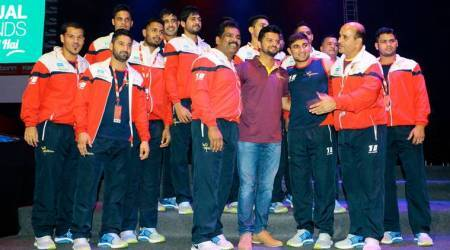 Pro Kabaddi 2017: Suresh Raina, wife Priyanka Chaudhary cheer for UP Yoddha