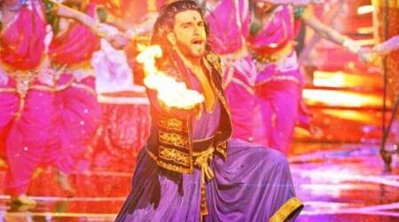 Ranveer Singh to perform at the premiere of Baba Ramdev's show Om Shanti Om