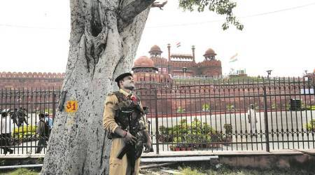 Amid I-Day Security Lockdown: Jammu & Kashmir police team scrambles for shelter in Walled City