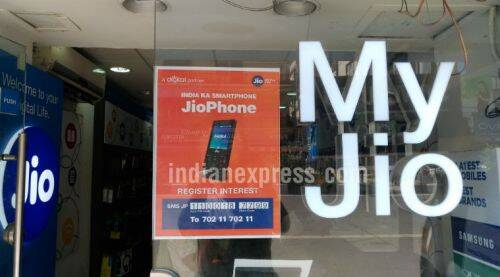 Reliance JioPhone: Here's how to pre-register the 4G feature phone via SMS