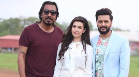 Riteish Deshmukh makes debut in pop world with Arko Pravo Mukherjee's song Aainda. See photos