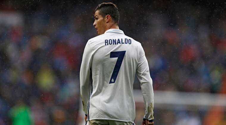 new concept 5b9b7 64d44 Cristiano Ronaldo is 'delighted' to be staying at Real ...