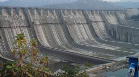A short history of the Sardar Sarovar Dam on riverNarmada