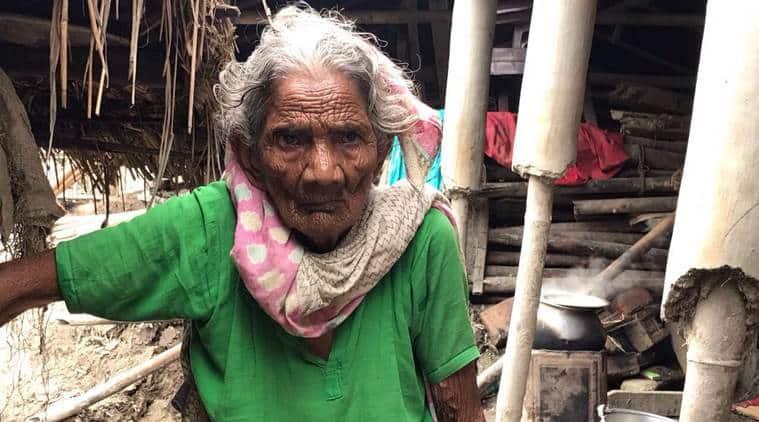 seemanchal, bihar floods, govt relief, flood relief camps, west bengal, uttar dinajpur, flood destruction, indian express