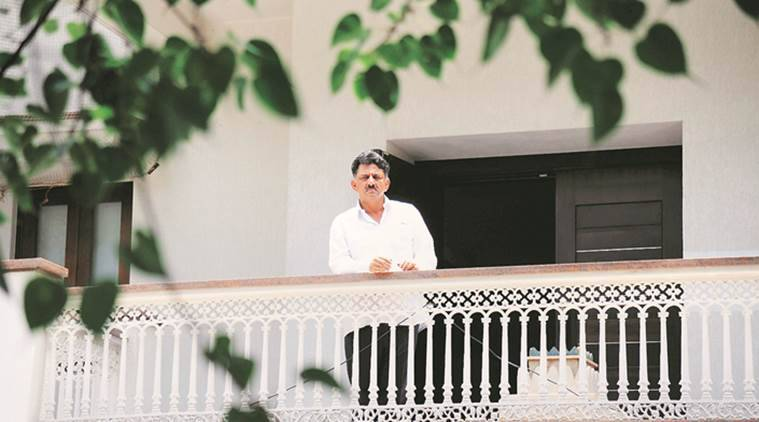 Income tax raids, IT raids, Congress, Karnataka minister raid, D K Shivakumar, Karnataka news, Congress Gujarat MLAs, India news, indian express news