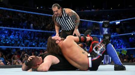 WWE SmackDown LIVE Results: AJ Styles defeats Kevin Owens to retain US title, Bobby Roode debuts