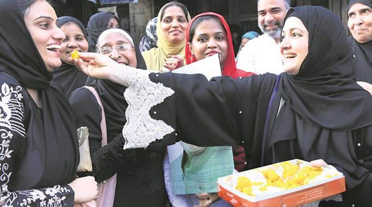 CM welcomes SC ruling on Triple Talaq