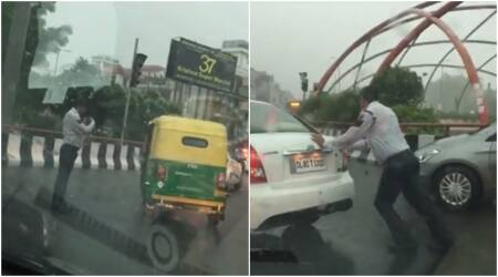 Facebook videos of Delhi traffic policeman doing his duty even during heavy rain go viral