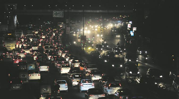 Nitrogen oxides, traffic, study on vehicle emissions, traffic jam, new delhi, indian express news